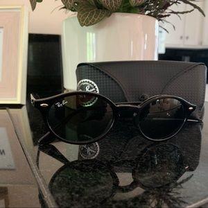 Ray-Ban RB4315 Black Oval Sunglasses
